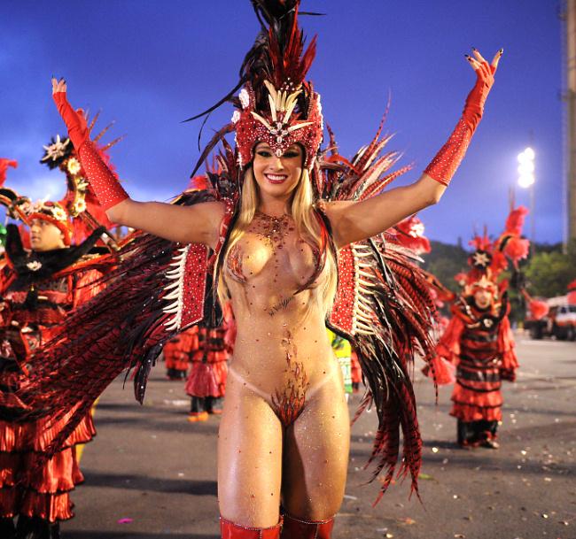 Порно на карнавале в мексике